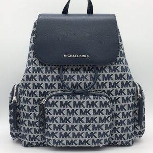 MICHAEL KORS ABBEY LG CARGO BACKPACK NAVY MULTI